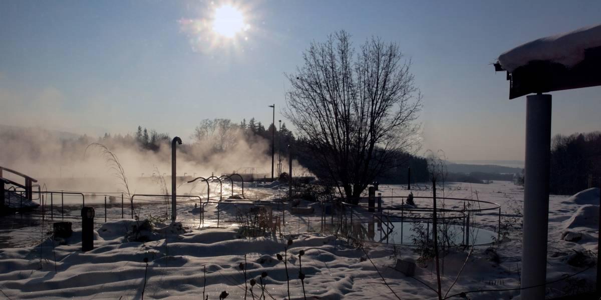 Chiemgau Therme im Winter (Foto: © Chiemgau Therme)