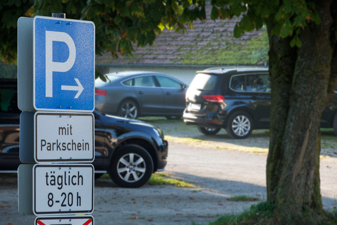 Parking in Gstadt and Gollenshausen (Foto: © Ulli Seer)